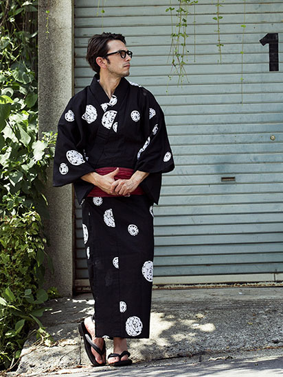 黒×白小紋×エンジ帯 浴衣
