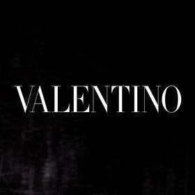 Valentino ロゴ