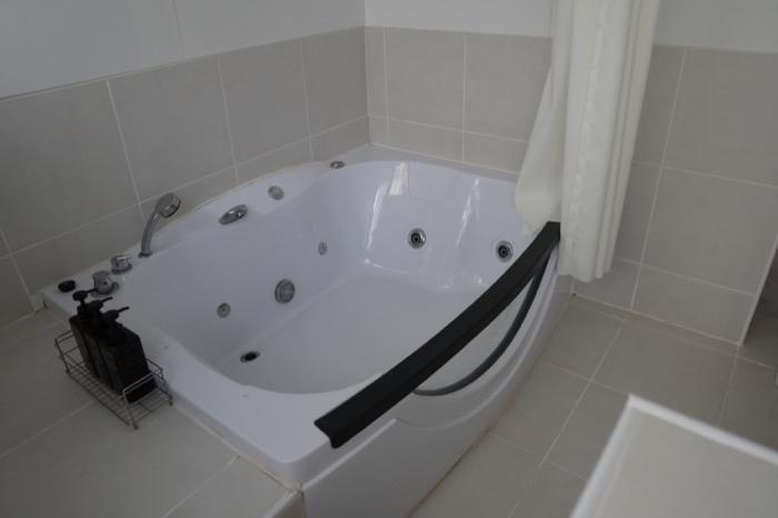 琥珀 amber 風呂