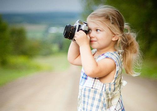 少女 カメラ