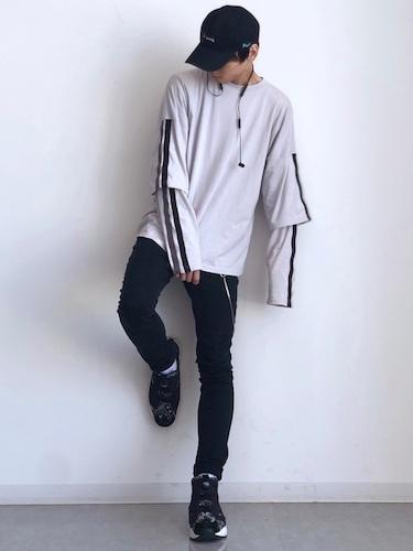 Tシャツ×ロンT×スキニーパンツ
