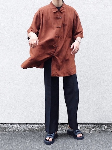 チャイナシャツ コーデ
