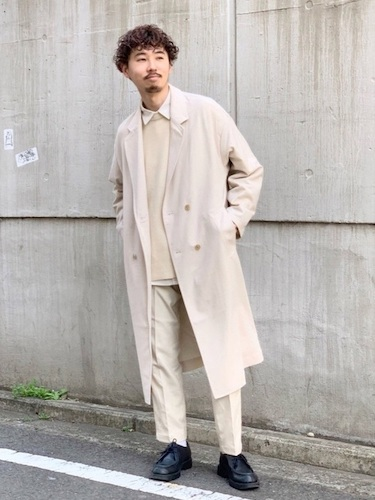 白コート×イージースラックス