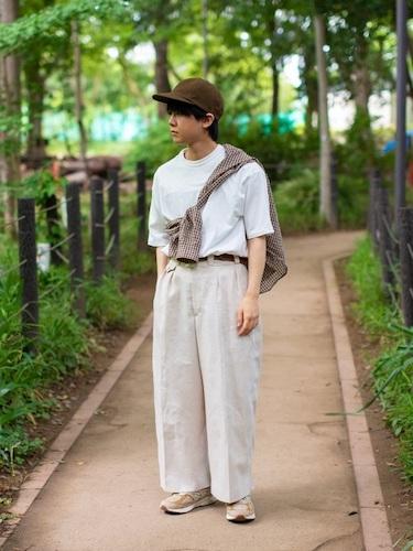 チェックシャツ×白Tシャツ
