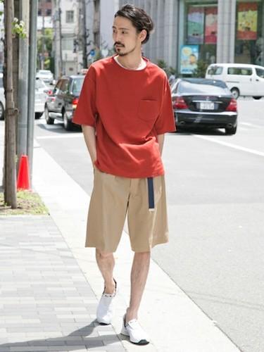 赤ポケットTシャツ×ワイドショーツ