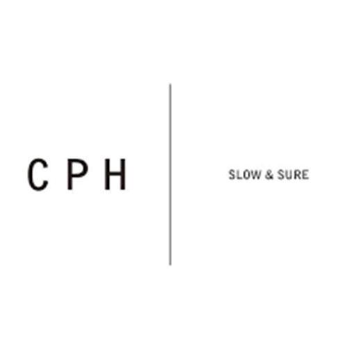 C-PLUS HEAD WEARS ロゴ